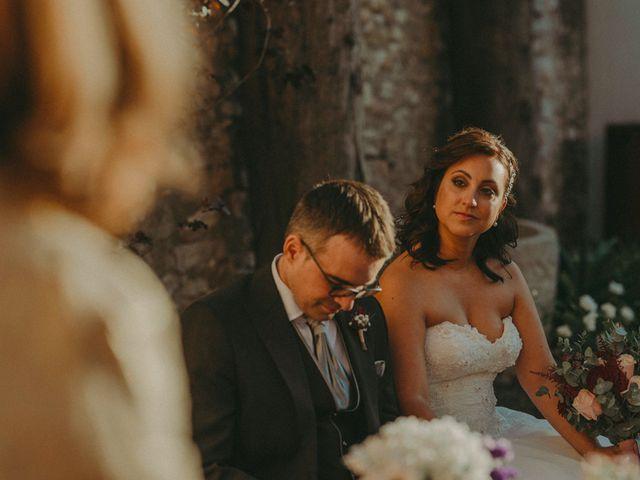 La boda de Aitor y Paula en La Riera De Gaia, Tarragona 56