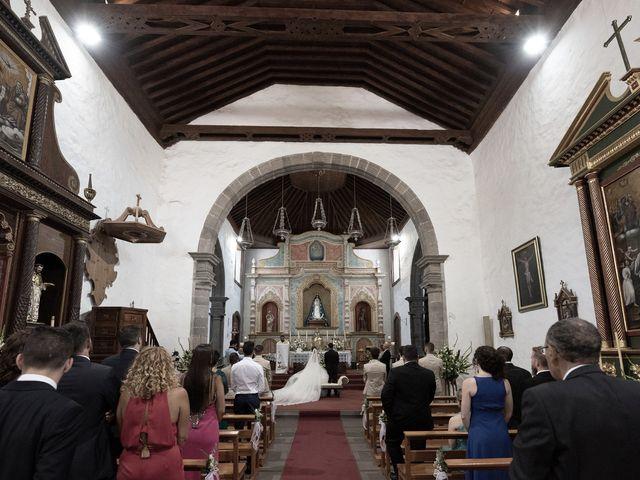 La boda de Sergio y Aida en Vilaflor, Santa Cruz de Tenerife 21