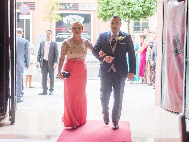 La boda de Alejandro y Yasmina en Espartinas, Sevilla 1