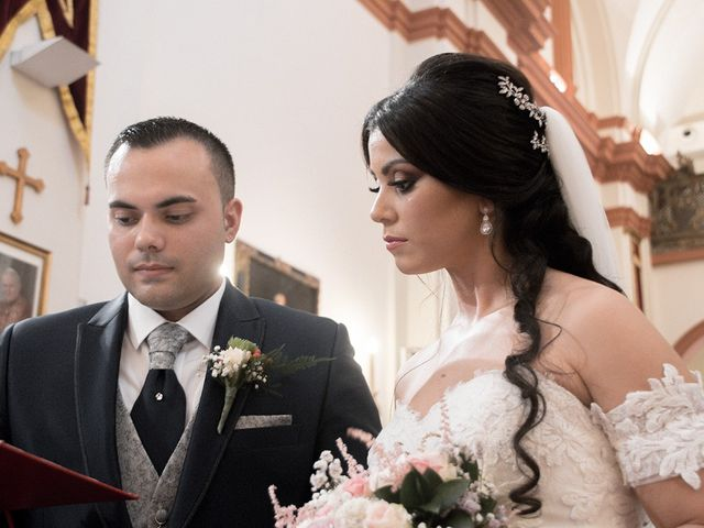 La boda de Alejandro y Yasmina en Espartinas, Sevilla 5