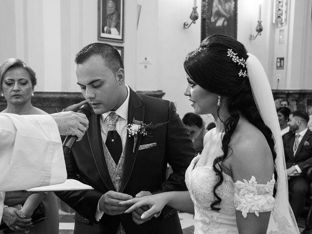 La boda de Alejandro y Yasmina en Espartinas, Sevilla 6