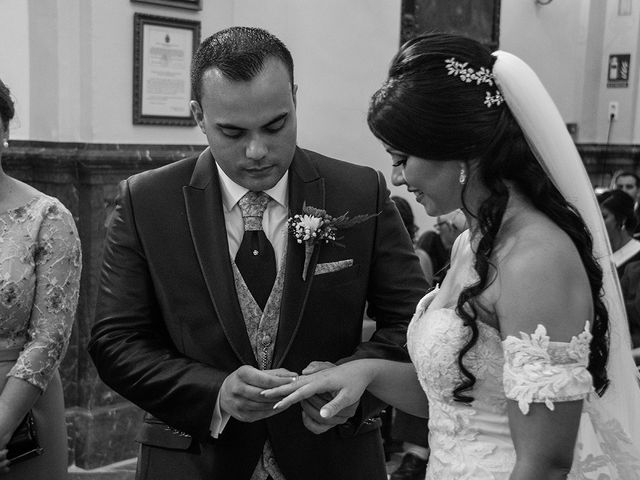 La boda de Alejandro y Yasmina en Espartinas, Sevilla 7