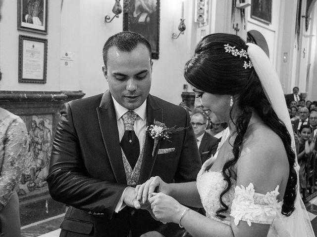 La boda de Alejandro y Yasmina en Espartinas, Sevilla 8