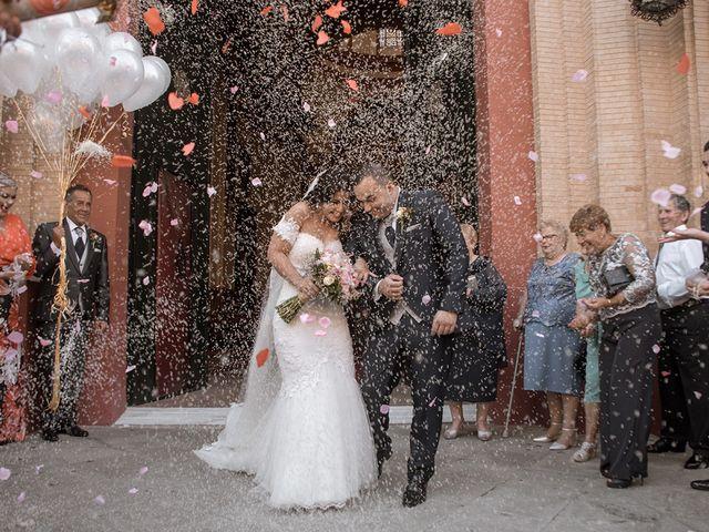 La boda de Alejandro y Yasmina en Espartinas, Sevilla 10