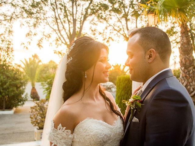 La boda de Alejandro y Yasmina en Espartinas, Sevilla 11