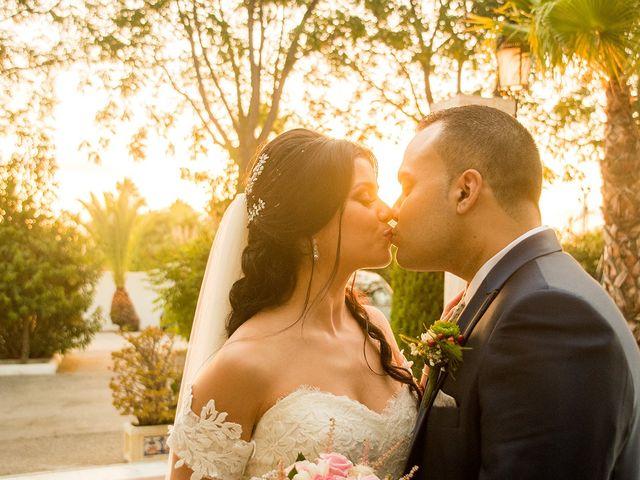 La boda de Alejandro y Yasmina en Espartinas, Sevilla 12