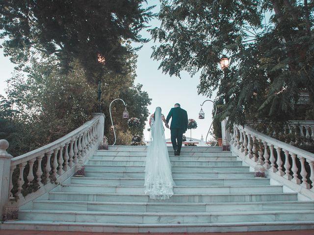 La boda de Alejandro y Yasmina en Espartinas, Sevilla 14