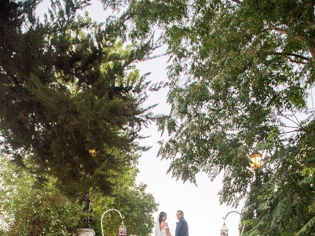 La boda de Alejandro y Yasmina en Espartinas, Sevilla 16