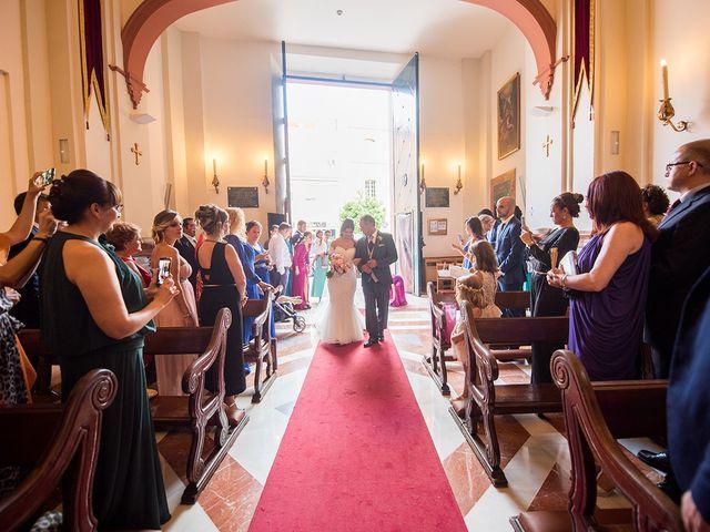 La boda de Alejandro y Yasmina en Espartinas, Sevilla 19