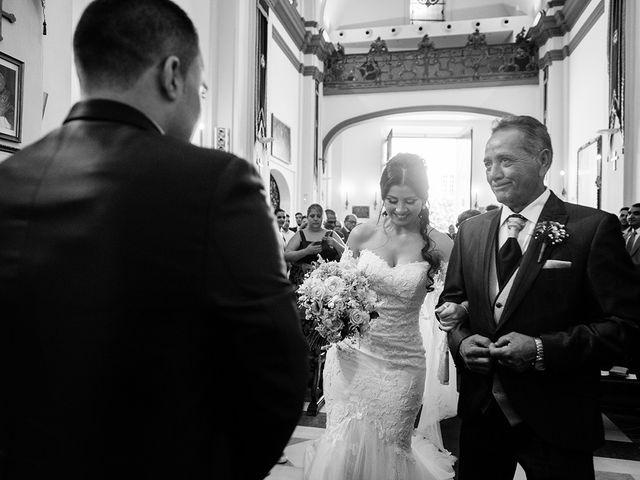 La boda de Alejandro y Yasmina en Espartinas, Sevilla 22