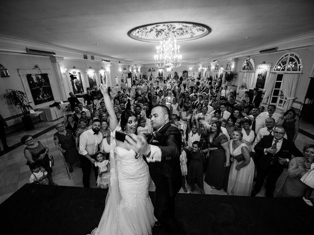 La boda de Alejandro y Yasmina en Espartinas, Sevilla 31