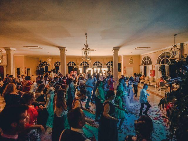 La boda de Alejandro y Yasmina en Espartinas, Sevilla 35