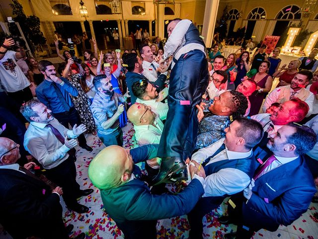 La boda de Alejandro y Yasmina en Espartinas, Sevilla 37