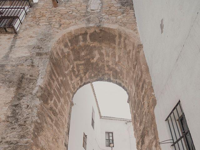 La boda de Alejandro y Yasmina en Espartinas, Sevilla 38