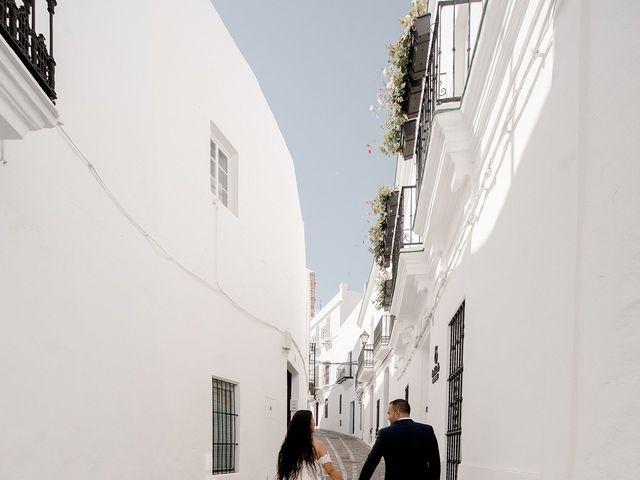 La boda de Alejandro y Yasmina en Espartinas, Sevilla 43
