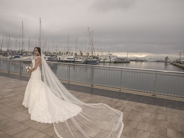 La boda de Dina y Aaron en La Linea De La Concepcion, Cádiz 31