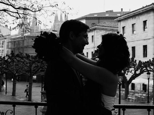 La boda de Eneko y Isabel en Burgos, Burgos 33
