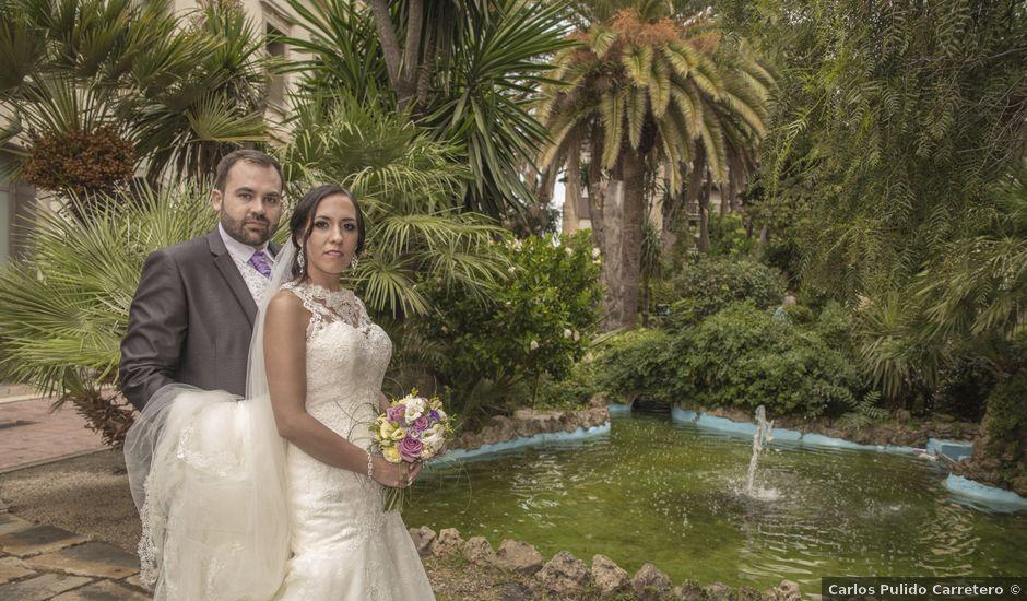 La boda de Dina y Aaron en La Linea De La Concepcion, Cádiz