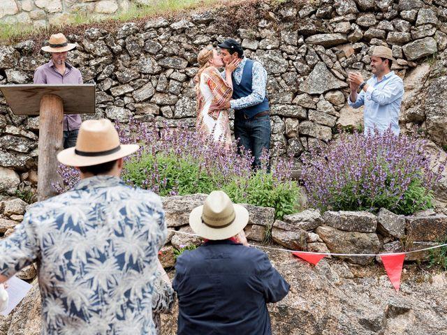La boda de David y Honesty en Mont-ral, Tarragona 16