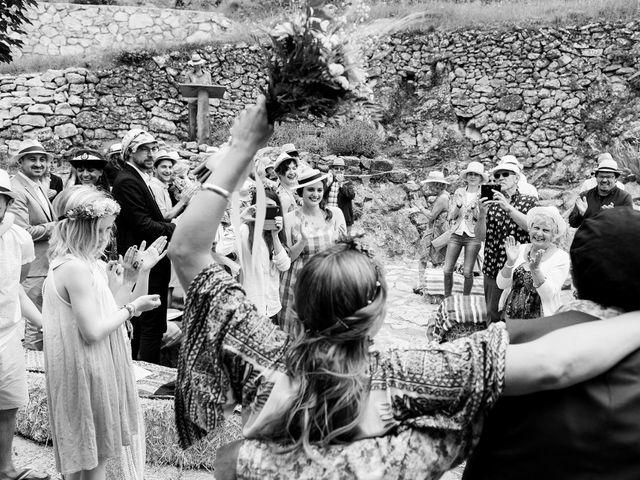 La boda de David y Honesty en Mont-ral, Tarragona 21