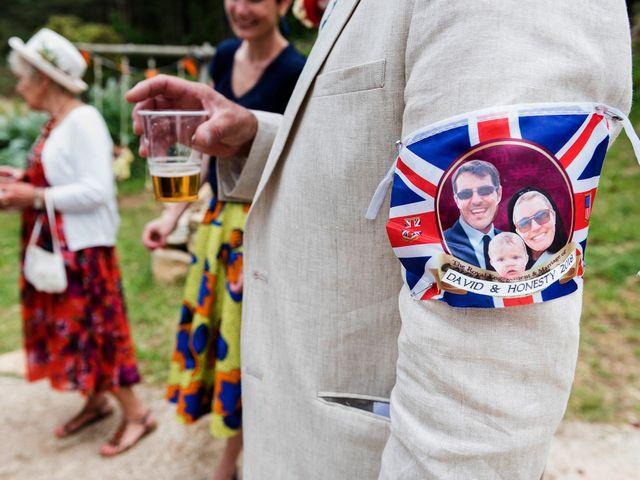 La boda de David y Honesty en Mont-ral, Tarragona 28