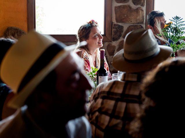 La boda de David y Honesty en Mont-ral, Tarragona 32