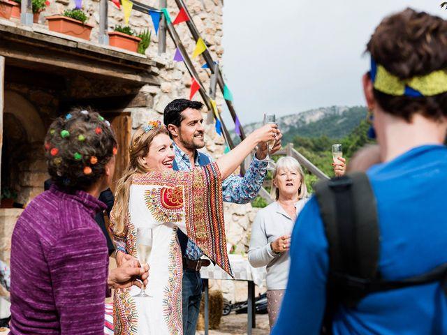 La boda de David y Honesty en Mont-ral, Tarragona 34