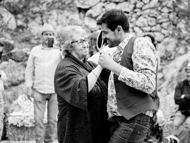 La boda de David y Honesty en Mont-ral, Tarragona 38