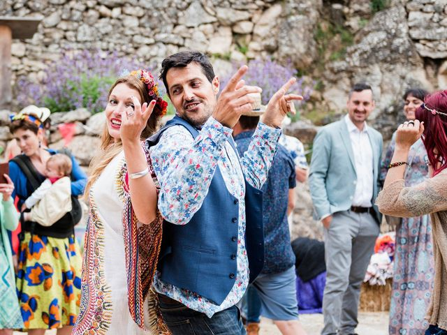 La boda de David y Honesty en Mont-ral, Tarragona 54