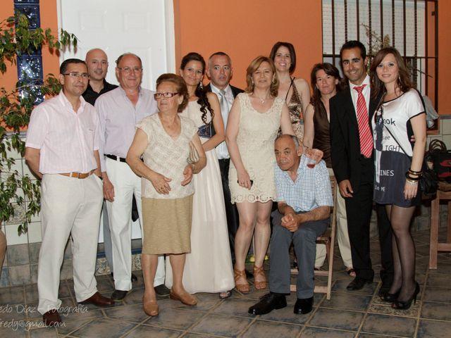 La boda de Carlos y Rosi en Alcala De Guadaira, Sevilla 20