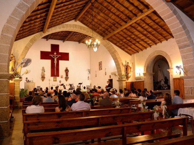 La boda de Gonzalo y Natalia en Valverde Del Fresno, Cáceres 13