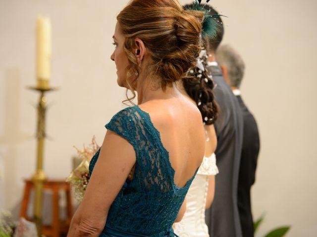 La boda de Gonzalo y Natalia en Valverde Del Fresno, Cáceres 14