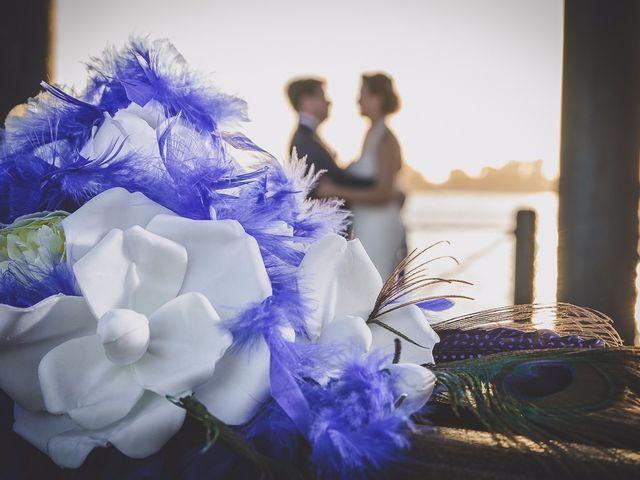 La boda de Antonio y Juani en Huelva, Huelva 1