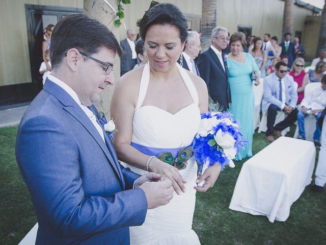 La boda de Antonio y Juani en Huelva, Huelva 35