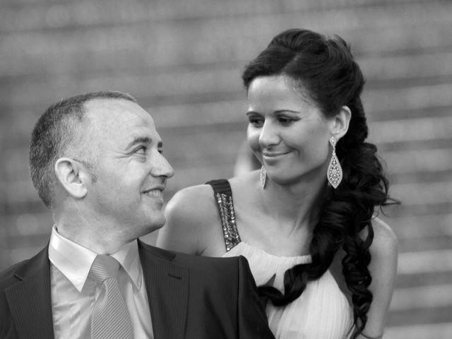 La boda de Carlos y Rosi en Alcala De Guadaira, Sevilla 2
