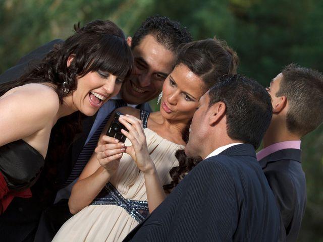 La boda de Carlos y Rosi en Alcala De Guadaira, Sevilla 6