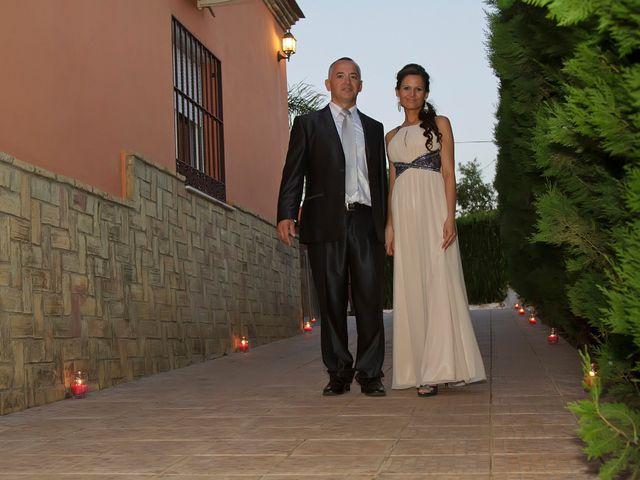 La boda de Carlos y Rosi en Alcala De Guadaira, Sevilla 16