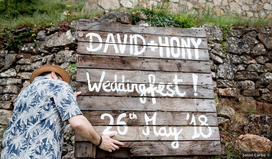 La boda de David y Honesty en Mont-ral, Tarragona