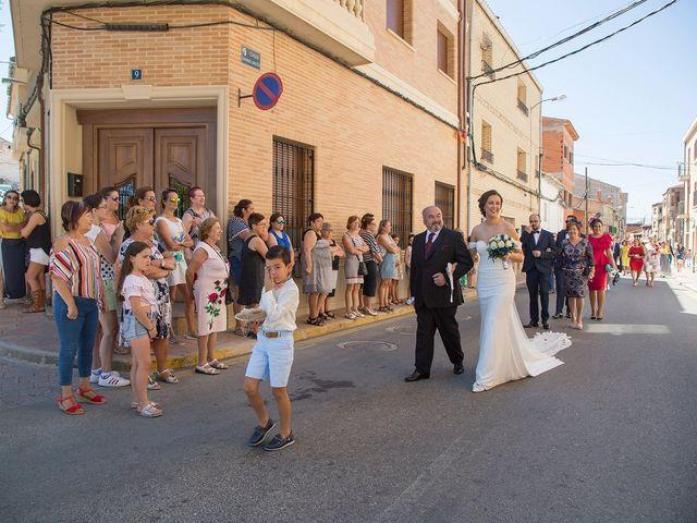 La boda de Vicente y María en Quintanar Del Rey, Cuenca 14