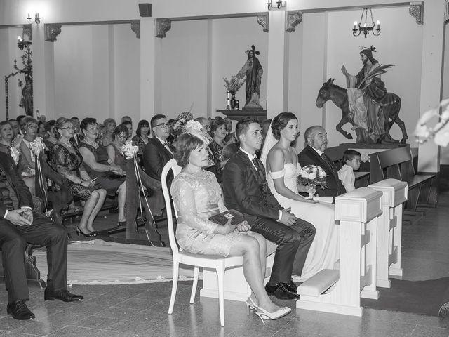 La boda de Vicente y María en Quintanar Del Rey, Cuenca 16