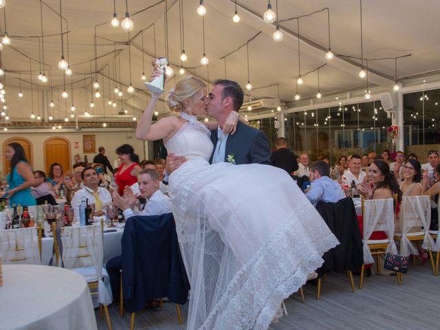La boda de Roberto y Leti en Muro De Alcoy, Alicante 22