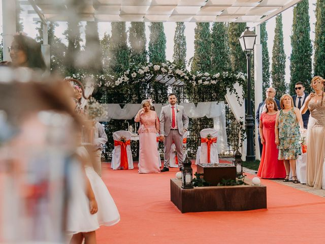 La boda de José Manuel y Tamara en Carranque, Toledo 35