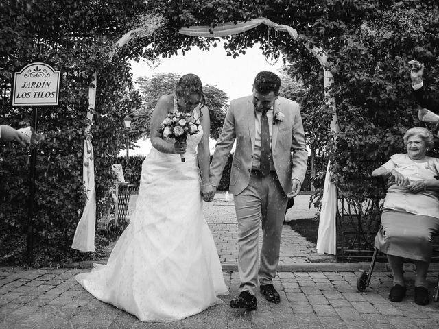 La boda de José Manuel y Tamara en Carranque, Toledo 41