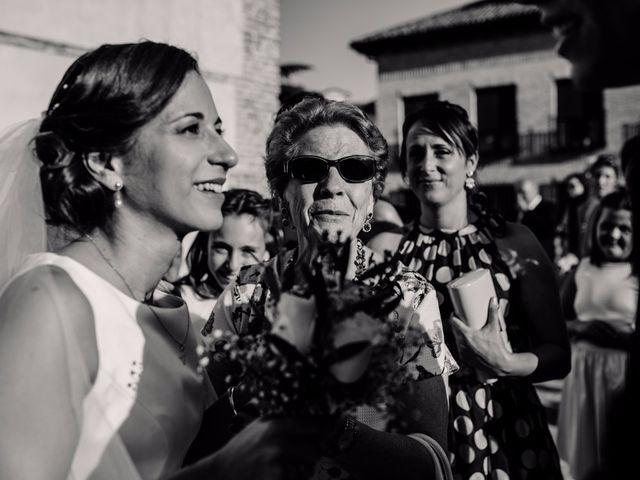 La boda de Aure y Patricia en Torrejon Del Rey, Guadalajara 33