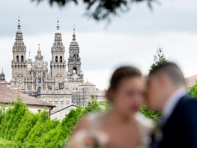 La boda de Manuel y Naiara en Santiago De Compostela, A Coruña 1