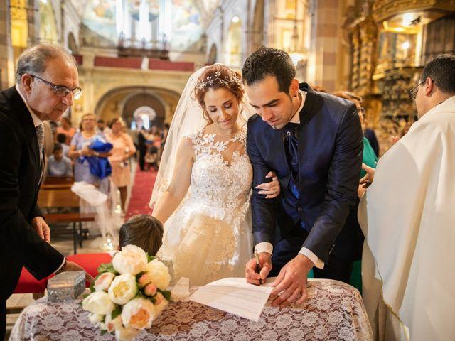 La boda de Antonio y Fátima en Almendralejo, Badajoz 40