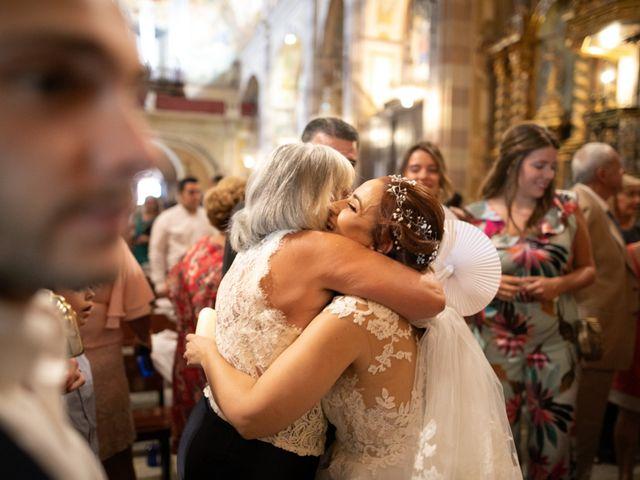 La boda de Antonio y Fátima en Almendralejo, Badajoz 42