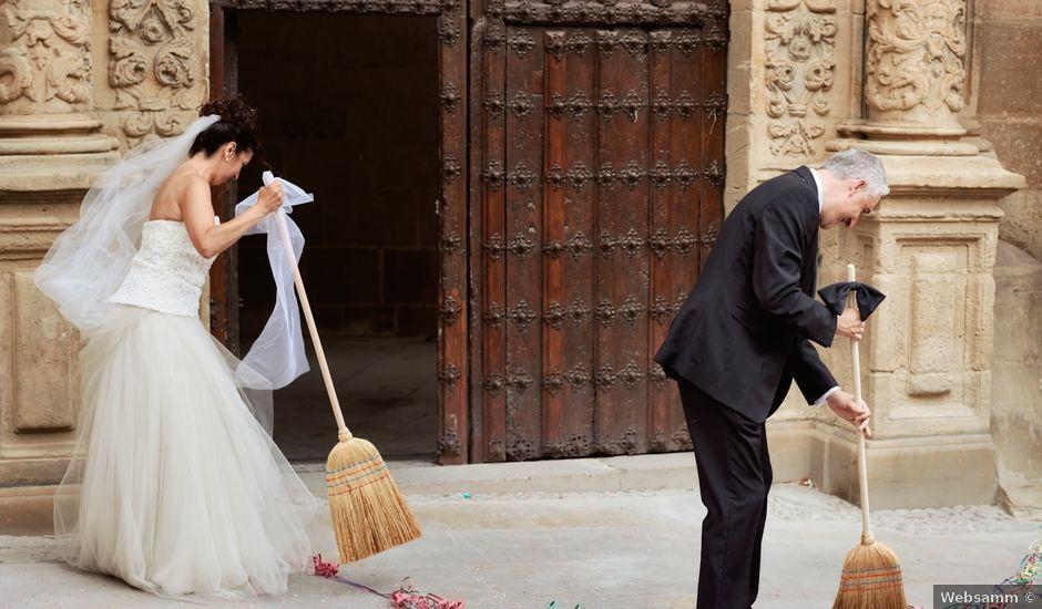 La boda de Javier y Arantzatzu en Logroño, La Rioja