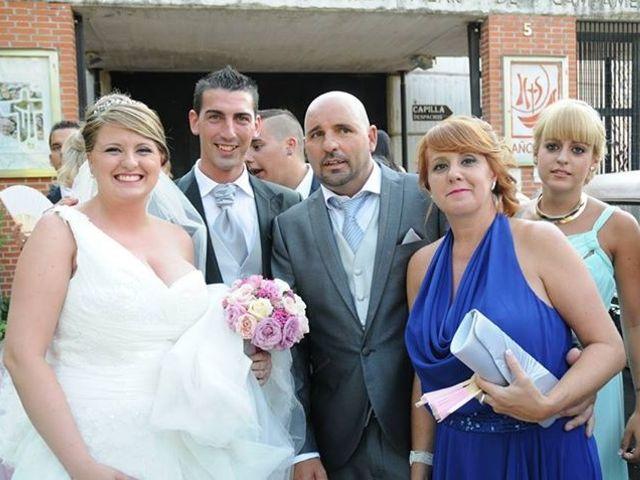 La boda de David y Lorena en Esquivias, Toledo 21