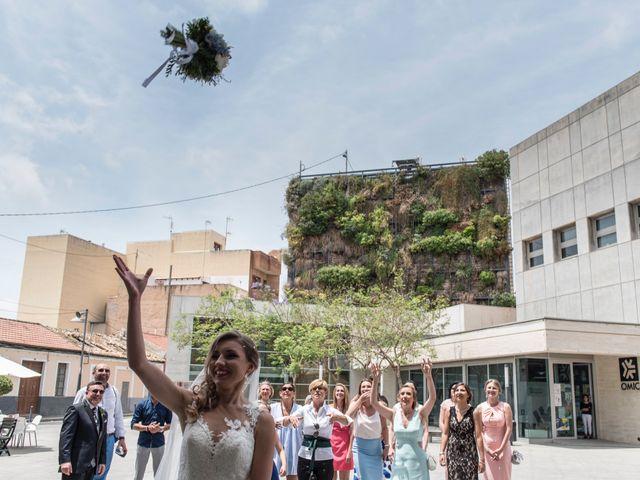 La boda de Tanya y Aarón en Alacant/alicante, Alicante 25